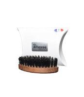 Mini Brosse barbe voyage - MAN ITSELF - Spécialiste des produits de soin visage, rasage, corps, cheveux, bouche, accessoires et idées cadeaux homme