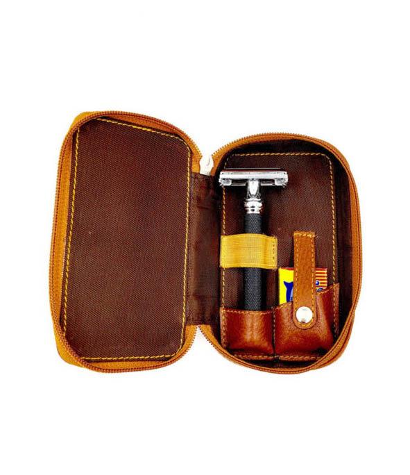 etui voyage parker2 - MAN ITSELF - Spécialiste des produits de soin visage, rasage, corps, cheveux, bouche, accessoires et idées cadeaux homme