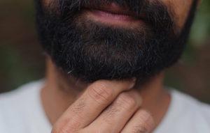 Les poils incarnés font souvent leurs apparitions après le rasage de votre barbe