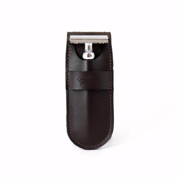 GB pochette rasoir marron - MAN ITSELF - Spécialiste des produits de soin visage, rasage, corps, cheveux, bouche, accessoires et idées cadeaux homme