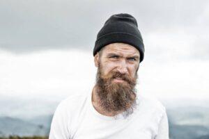 homme barbe viking classique